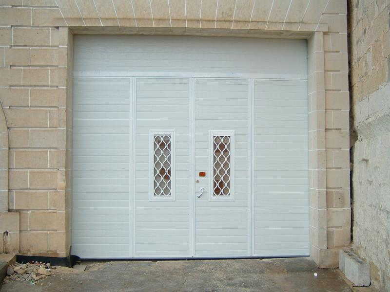 Insulated 4-Leaf Door