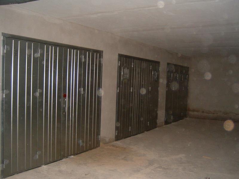 Galvanized 4-Leaf Doors