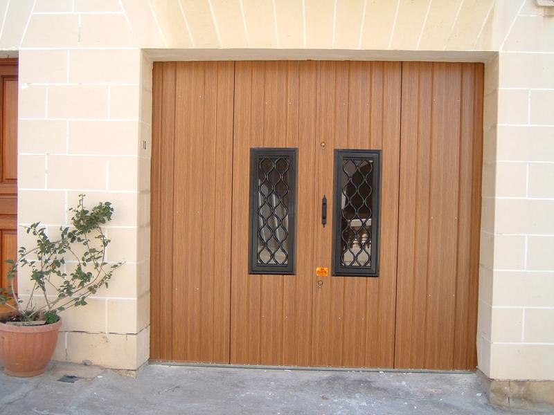 Woodgrain finish 4-Leaf Door